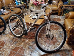 Specialized hard rock 29er for Sale in Canoga Park, CA