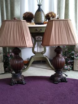 GORGEOUS PAIR OF VINTAGE LAMPS for Sale in Darlington,  PA