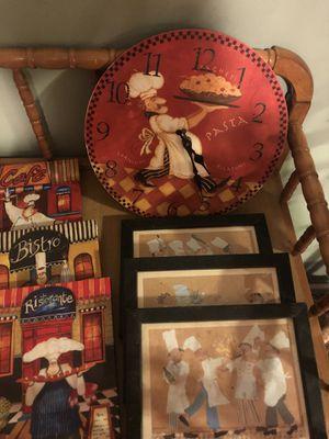 Lil chef kitchen decor set w/ clock for Sale in Dry Prong, LA