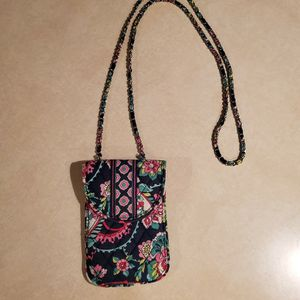 Vera Bradley Cell Phone Crossbody Purse for Sale in Reed, KY