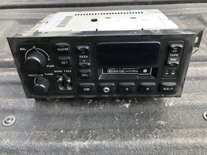 Jeep Wrangler TJ Sport stock radio for Sale in Buckley, WA