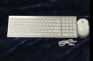Mouse and keyboard rechargeable for Sale in San Diego, CA
