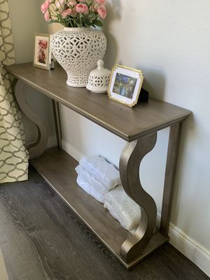 Entry/Console Table for Sale in Ocoee, FL