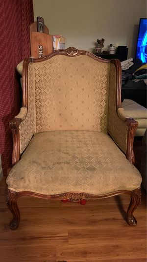 Antique chair for Sale in Pleasanton, CA