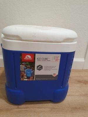 igloo cooler for Sale in Sunnyvale, CA