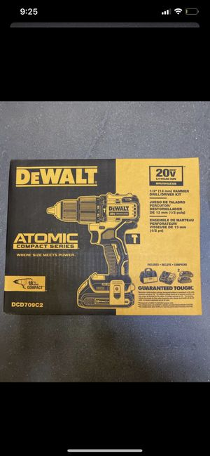 DeWalt Atomic hammer drill kit for Sale in Hayward, CA