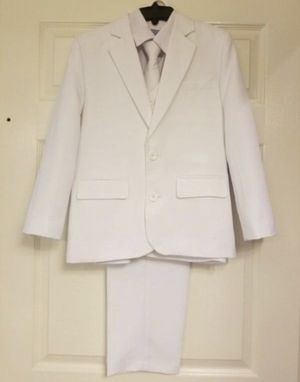 Five pieces communion / wedding suit size 10 youth for Sale in Cutler Bay, FL