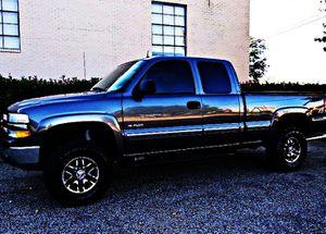ֆ12OO 4WD Chevrolet Silverado 4WD for Sale in Norwood Young America, MN