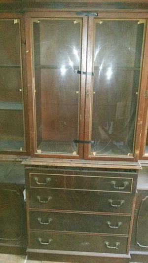 Antique china cabinet for Sale in Greenville, SC
