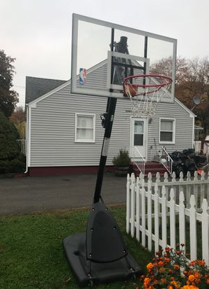 Basketball hoop for Sale in Yalesville, CT