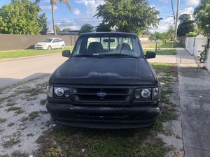 Ford ranger 1995 for Sale in Hialeah, FL
