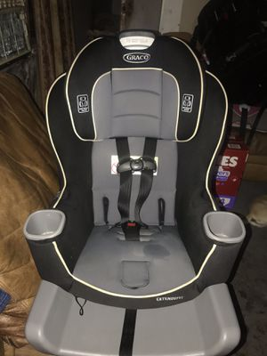 Car seats n jumper for Sale in Mercedes, TX