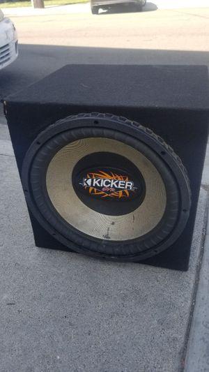 Kicker sub size 15 for Sale in Bellflower, CA