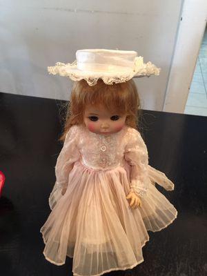 Antique doll for Sale in Trenton, NJ