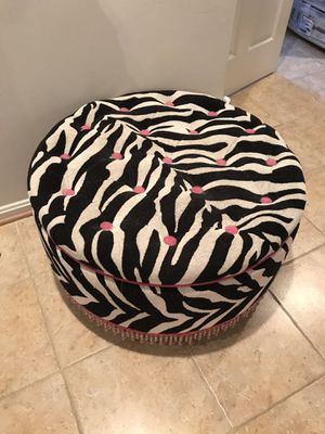 Zebra print storage ottoman heavy duty from Bombay for Sale in Ashburn, VA