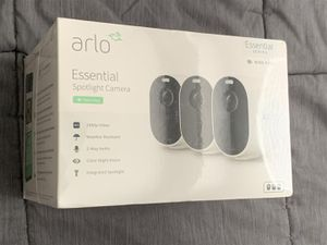 Arlo - Essential Spotlight 3 Cameras – Indoor/Outdoor Wire-Free 1080p Security Cameras - White for Sale in Doral, FL