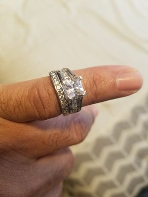Women's wedding ring size 6 for Sale in Detroit, MI
