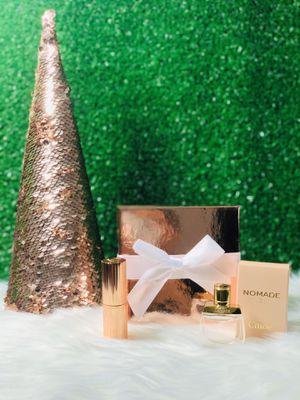 Chloe Christmas Gift Set 🎅🏼 for Sale in Las Vegas, NV