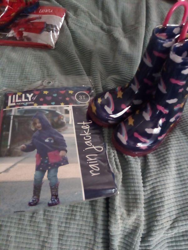 Little girl rain set