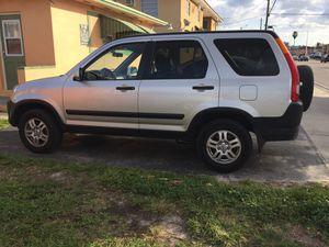 Honda CRV Ex 2003 clean tittle A-C cold perfect condition leather seats 176k for Sale in Miami, FL