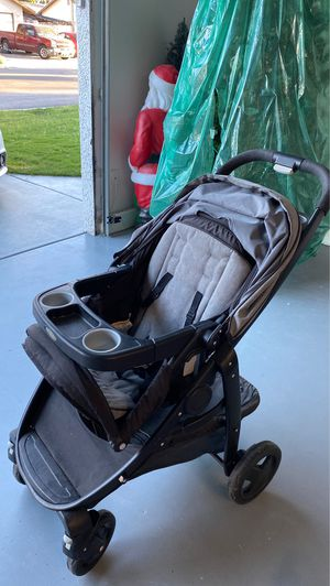 Black and gray stroller for Sale in Las Vegas, NV