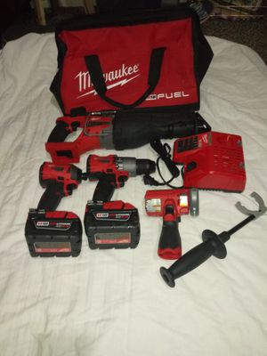 Milwaukee Electric Tool 2696-26 M18 Cordless Li-Ion 6-Tool Combo Kit for Sale in Tempe, AZ