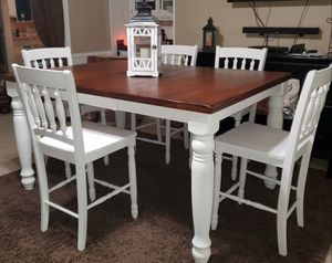 Beautiful Bar Height Dining Set for Sale in Coppell, TX