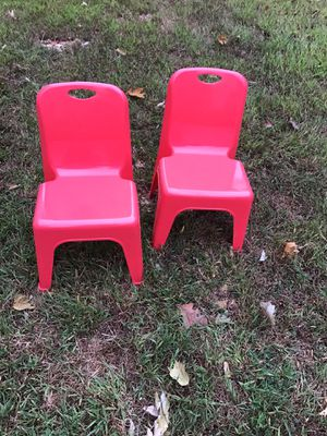 Kids Plastic Chair for Sale in Douglasville, GA