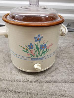 Mini crock pot for Sale in Renton, WA