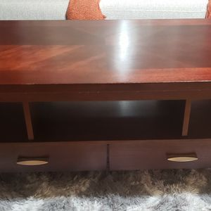 Solid wood coffee table for Sale in Concord, CA