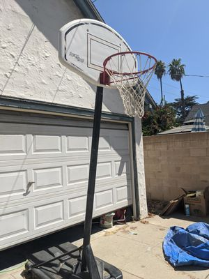 Adjustable Basketball hoop for Sale in Riverside, CA