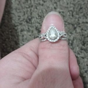 Vera Wang Love Collection Wedding Ring Size 7 for Sale in Aurora, CO