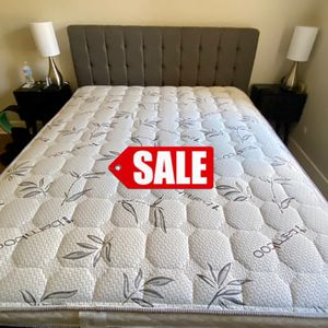 QUEEN SET 💥 QUEEN MATTRESS AND BOX SPRING FOR ONLY 240 💥 BAMBOO BRAND 🎋 WE DELIVER 🚛 for Sale in Long Beach, CA