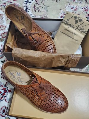 Patricia Nash shoes, new, size 8 1/2 for Sale in UPPR Saint CLAIR, PA