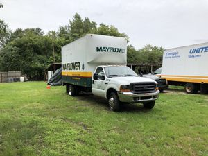 2001 Ford 350 box trucks 16ft for Sale in Livonia, MI