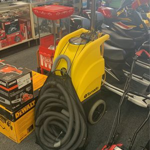 Tornado Carpet Shampoo And Extractor Model 98260 for Sale in Hampton, VA