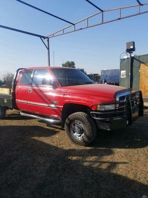 99 Dodge Ram 2500 diesel for Sale in Delano, CA