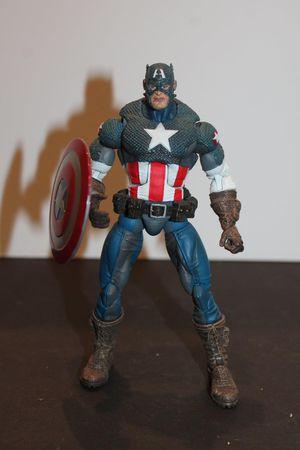 Captain America Marvel Legends Loose Figure for Sale in Arlington, TX