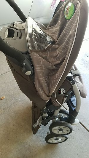 Chicco stroller for Sale in Columbus, OH