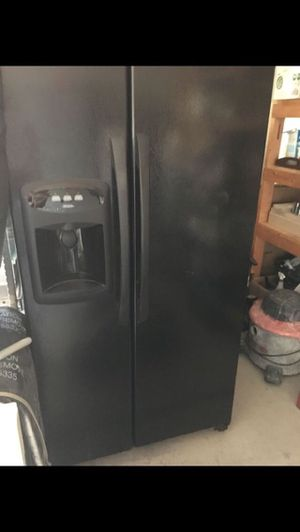 Refrigerator/ microwave for Sale in Phoenix, AZ