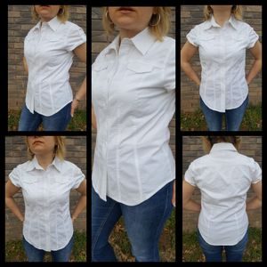 WOMEN'S WHITE DRESS CASUAL CAREERS SHIRT TOP SIZE S for Sale in Broken Arrow, OK