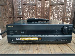 Onkyo HT-R960 7.1ch THX Certified Digital Surround Home Theater Receiver for Sale in Bell Gardens, CA