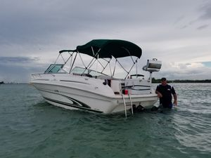 SeaRay Boat for Sale in Hollywood, FL