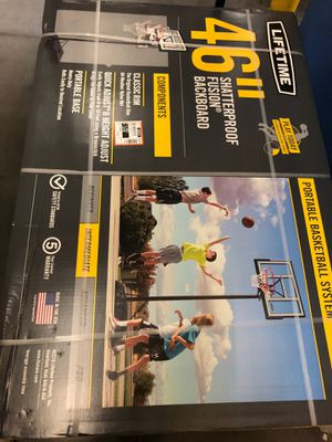 Lifetime 46 inch shatterproof basketball hoop for Sale in Edison, NJ