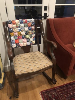 Antique rocking chair for Sale in Houston, TX