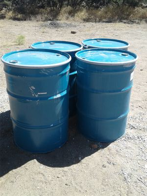 55 gallon metal barrels for Sale in Phelan, CA