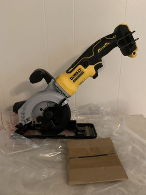 "Dewalt 20v 4-1/2"" Circular saw brushless nueva tool only for Sale in Mesquite, TX"