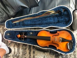 Violin and case! Needs new bow/string for Sale in San Jose, CA