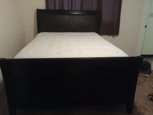 Queen size bed for Sale in Medford, OR