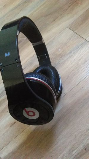 Beats by Dre Bluetooth headphones for Sale in San Diego, CA